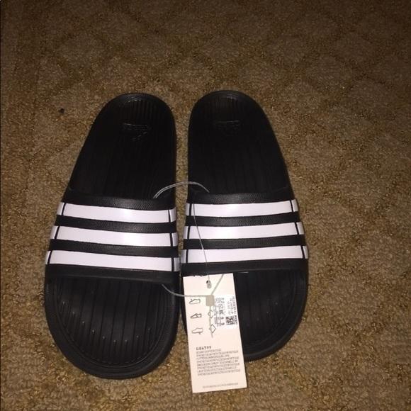 Adidas zapatos NWT Slide poshmark